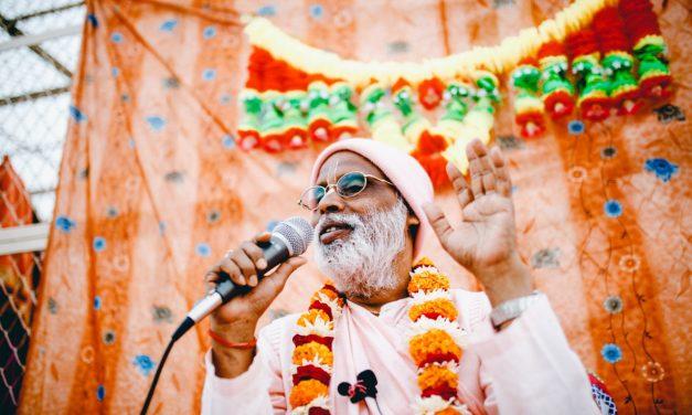 Būkime šventųjų draugijoje — sadhu-sangoje